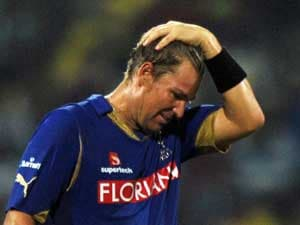 Shane Warne fined $50,000, will play last IPL match
