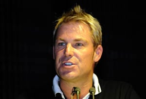 Warne signs up for NZ quake fundraiser