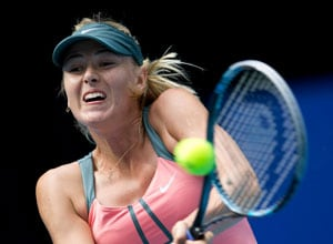 Maria Sharapova through to Beijing quarters