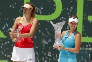 Maria Sharapova loses in Key Biscayne final to Agnieszka Radwanska