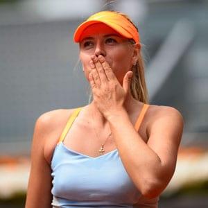 Madrid Masters: Serena, Sharapova ease into quarters