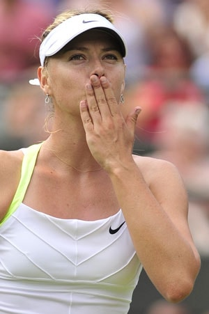 Wimbledon 2012: Maria Sharapova sinks Hsieh to set up Lisicki clash