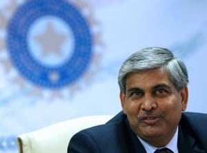 BCCI unhappy as Shashank Manohar wants to wash hands of forex violation case