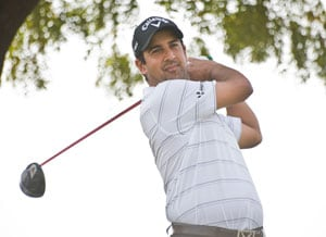 Spaniard Domingo leads Kensville Challenge, Kapur tied second