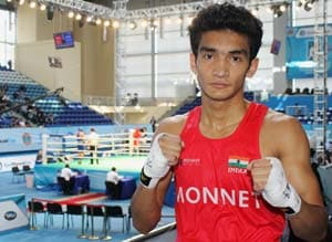 Indian boxers Shiva Thapa and Sumit Sangwan strike gold, qualify for Olympics