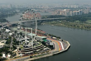 Singapore extends grand prix contract to 2017