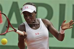 Sloane Stephens reaches 4th round at French Open