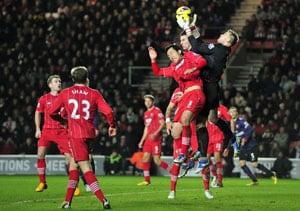 Southampton interrupt Arsenal momentum