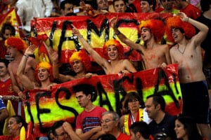 Spain lifts Euro 2012 social media ban
