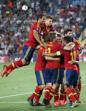 Thiago Alcantara hat-trick sees Spain retain European U-21 title with 4-2 win over Italy
