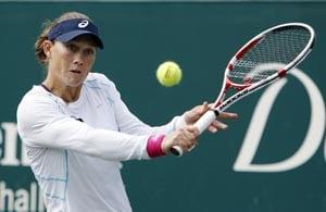 No all-Williams clash as Stosur beats Venus