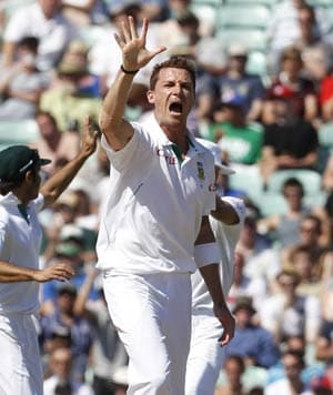South Africa crush England by an innings and 12 runs