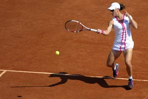 Stosur begins French Open with a win
