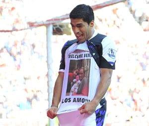 Beaming new dad Luis Suarez sinks Sunderland, dedicates goals to son
