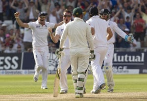 The Ashes: Swann, Broad bring England on brink of victory against Australia in first Test