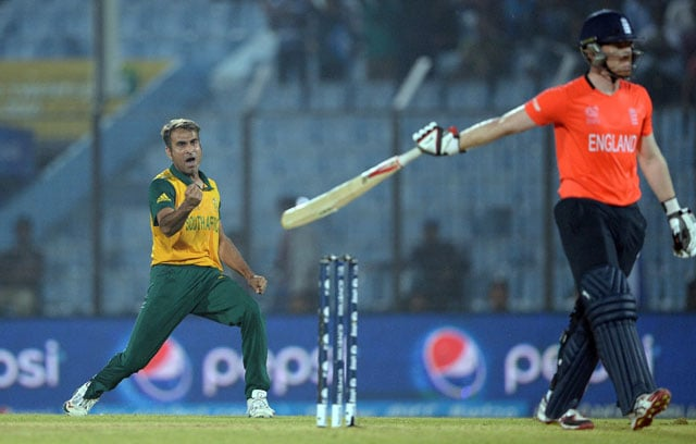 World Twenty20, Highlights: South Africa beat England by 3 runs to seal semifinal spot
