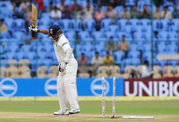 'Frustrated' Tendulkar bowled for the 3rd time in a row