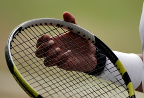 Pakistan hires Indian tennis coach