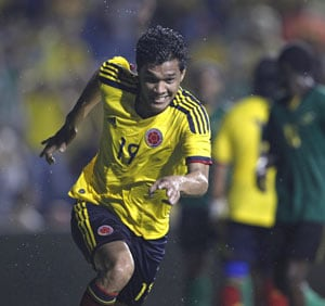 Gutierrez helps put Colombia past Jamaica 2-0
