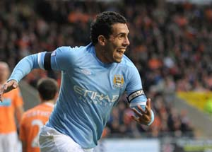 Mancini strips Tevez of City captaincy
