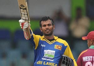 Tharanga guides Sri Lanka home with ton