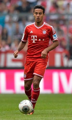 Bayern Munich's star Thiago Alcantara faces upto seven weeks lay-off