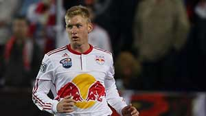 Bolton aiming to bring US defender Tim Ream