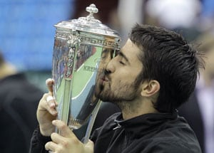 Tipsarevic clinches Kremlin Cup title