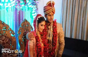 Manoj Tiwary ties the knot with girlfriend Sushmita Roy