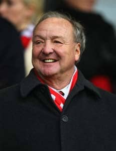 Ex-Liverpool owner cleared for damages claim in Britain