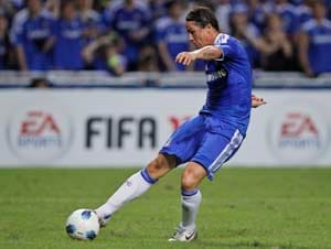 Chelsea midfielders are old and slow: Torres