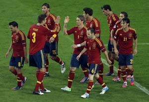 Euro 2012: Michel Platini rides to defence of 'boring' Spain