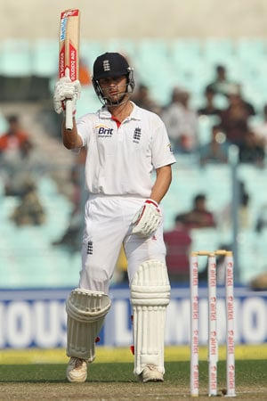 Jonathan Trott hopes England will bat India out of Eden Test