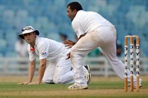 Jonathan Trott shows lack of sportsman spirit after dropping Virat Kohli's catch