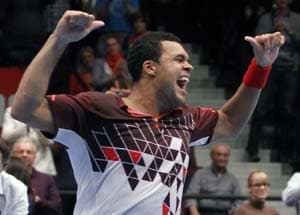Tsonga bests del Potro for Vienna title