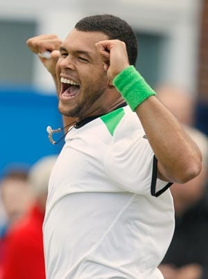 Jo-Wilfried Tsonga reaches second round of Monte Carlo Masters