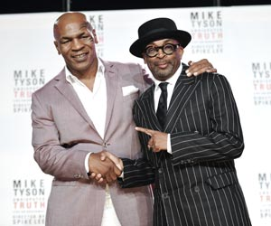 Mike Tyson goes from boxing ring to Broadway