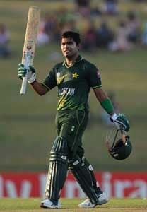 Umar Akmal must 'stop being selfish'