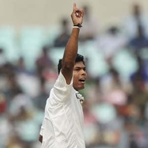 Injured Umesh Yadav to miss Kolkata Test vs England too