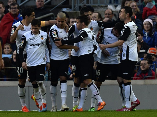 Valencia stun Barcelona in five-goal thriller