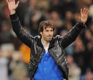 Blackburn confirm van Nistelrooy interest