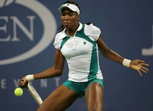 Venus sweeps past Ivanovic at Eastbourne