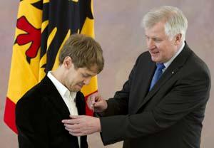 Vettel awarded Germany's highest sporting honour