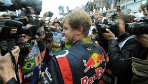Sebastian Vettel wins his 3rd drivers' championship title