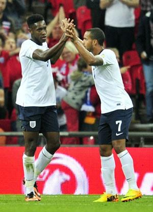 Theo Walcott wants England to go for the kill