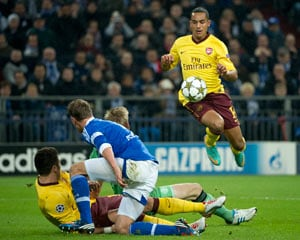 Schalke fight back to a 2-2 draw vs Arsenal