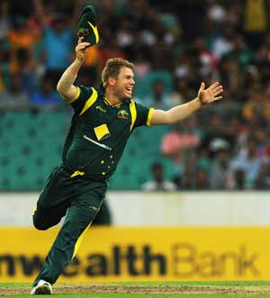 We can see desperation from Indians now: Warner