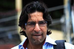 Wasim Akram fined for violating traffic rules in Lahore