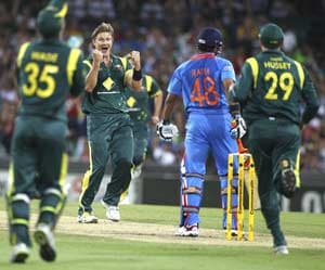 10th ODI: Statistical highlights of Australia's win against India