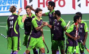 Delhi Waveriders-Punjab Warriors clash to kick-off 2014 Hockey India League